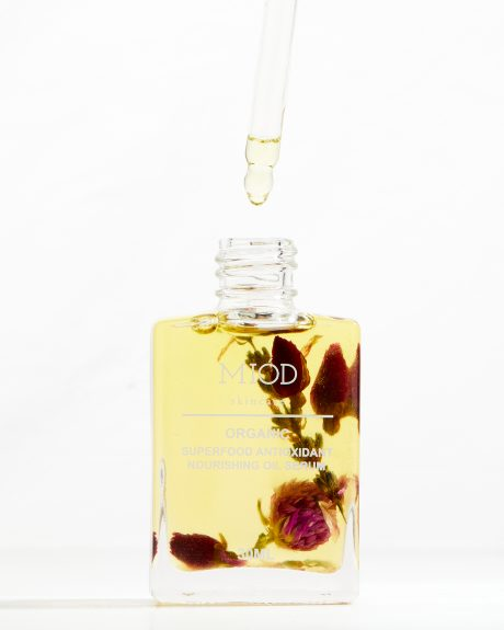 superfood-face-oil-dropper
